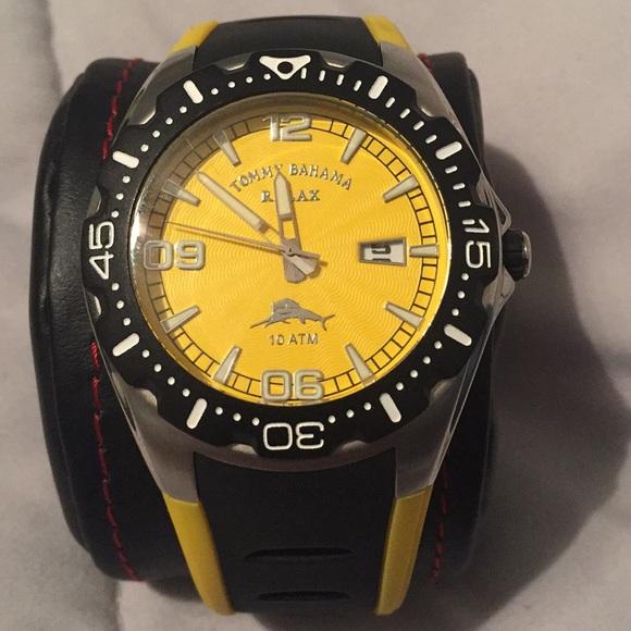 5b130575ed Tommy Bahama watch relax. M 5a5bebef9cc7ef27d4d658f0
